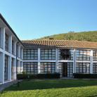 1_0001_ hospederia interior_jardin_pano